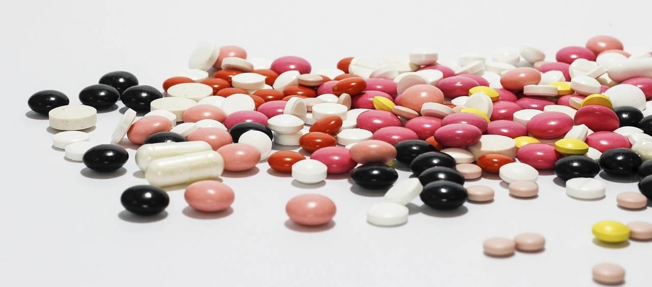 Ke každému léku čtěte přiložený příbalový leták